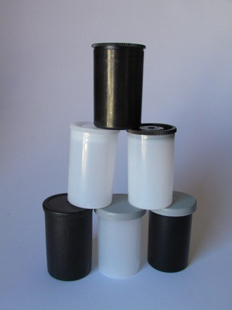 35mm Cache Container