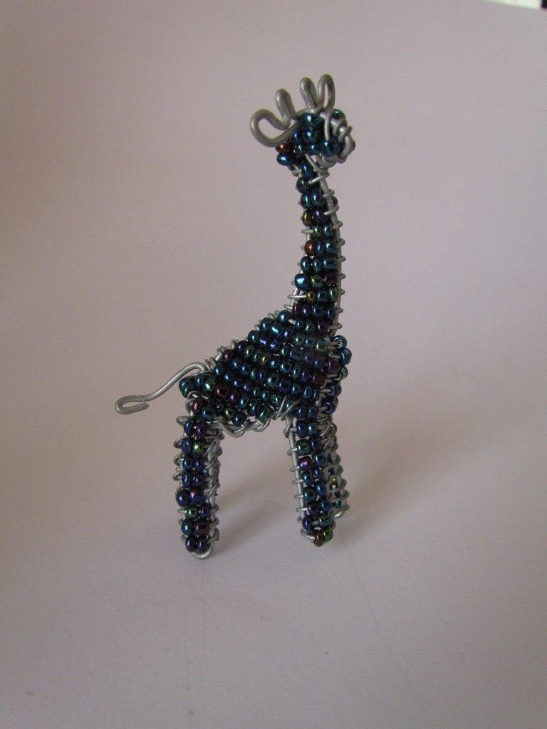 African bead & wire giraffe
